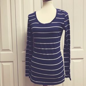 Rue 21 Girls XL striped long sleeve tee
